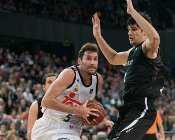Rudy Fernández se mide a Todorovic (Foto: ACB).