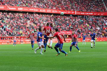 Lace del Sporting-Oviedo (Foto: Luis Manso).