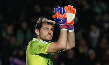 Casillas, en un partido con el Real Madrid.