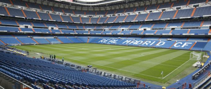 El estadio Santiago Bernabéu espera este domingo al Athletic Club de Bilbao.