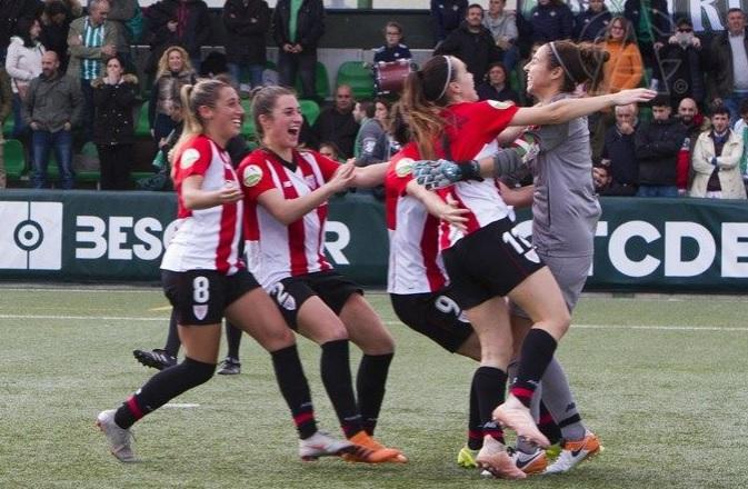 Las jugadoras del Athletic festejan el pase (Foto: Athletic).