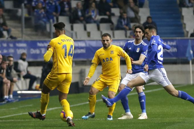 Real Oviedo-Alcorcón (Foto: Luis Manso).