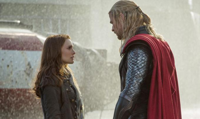 Jane Foster frente a Thor