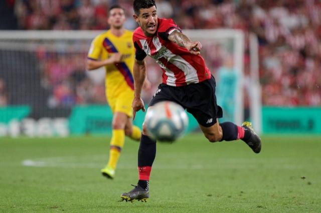Yuri Berchiche en el Athletic-Barça (Foto: Edu DF/ BLACKSWAN).