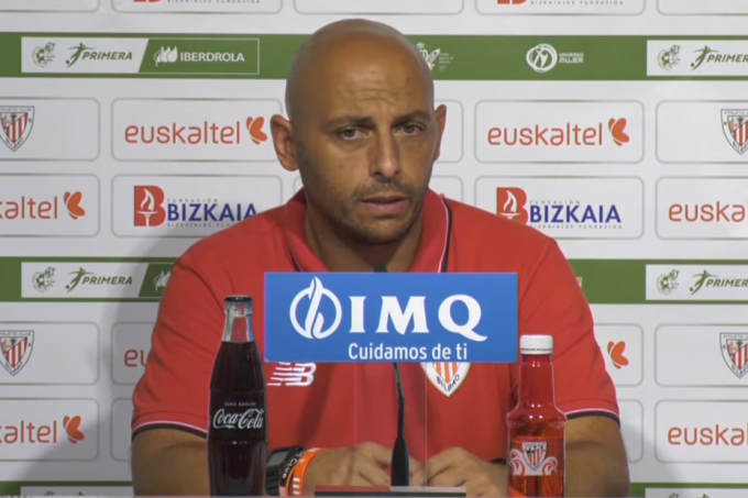 Ángel Villacampa, entrenador del Athletic Club femenino.