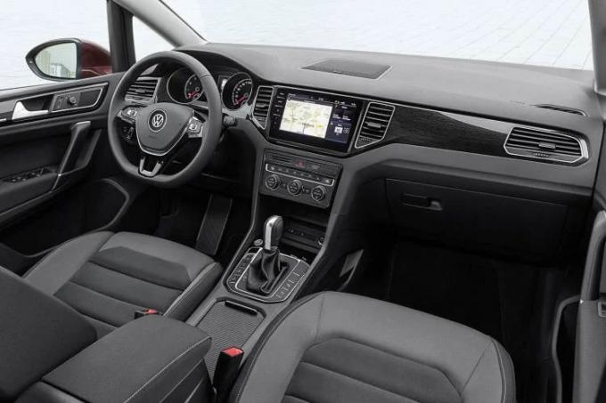 Volkswagen Golf interior