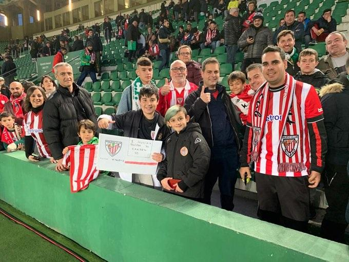 La afición del Athletic no faltó en las gradas del Martínez Valero (Foto: Athletic Club).