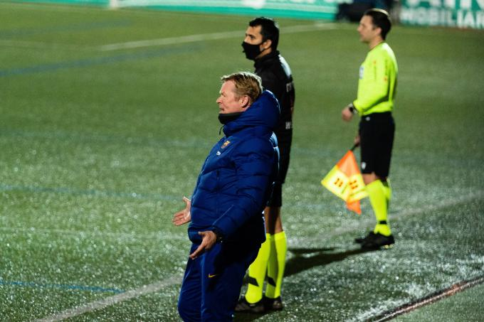 Koeman, en un partido del Barcelona (Foto: Cordon Press).