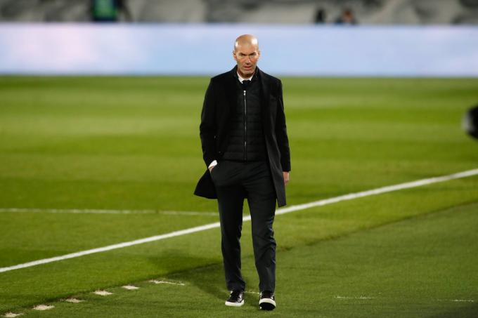 Zidane, en un partido del Real Madrid (Foto: Cordon Press).
